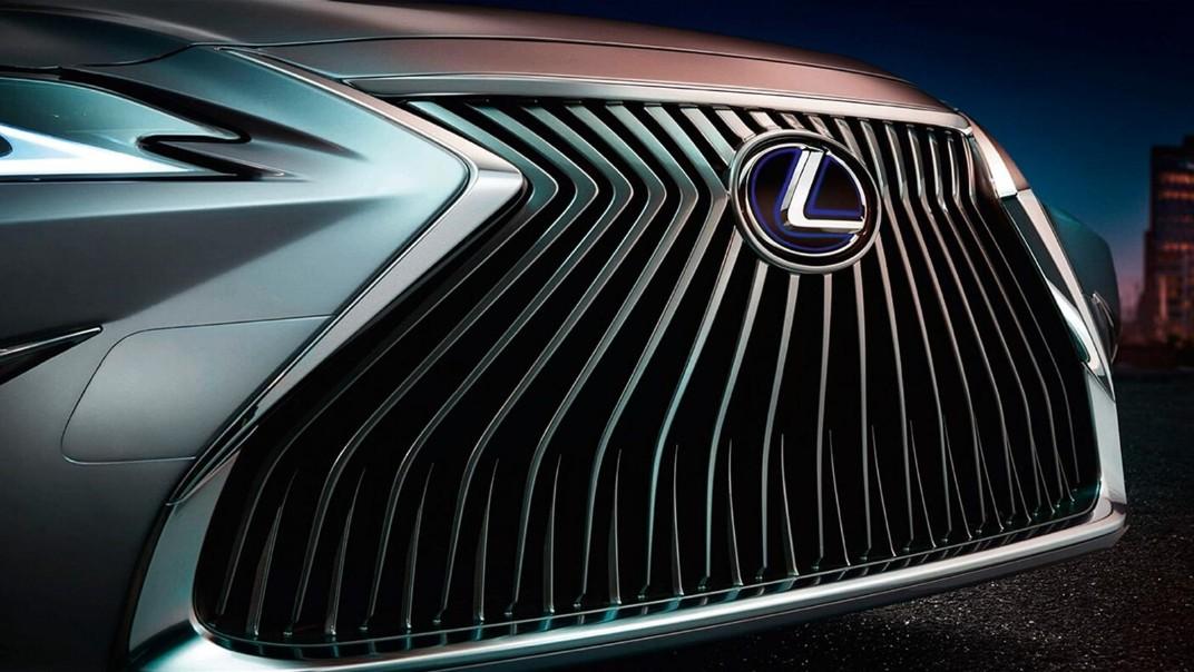 Lexus ES 2020 Exterior 014