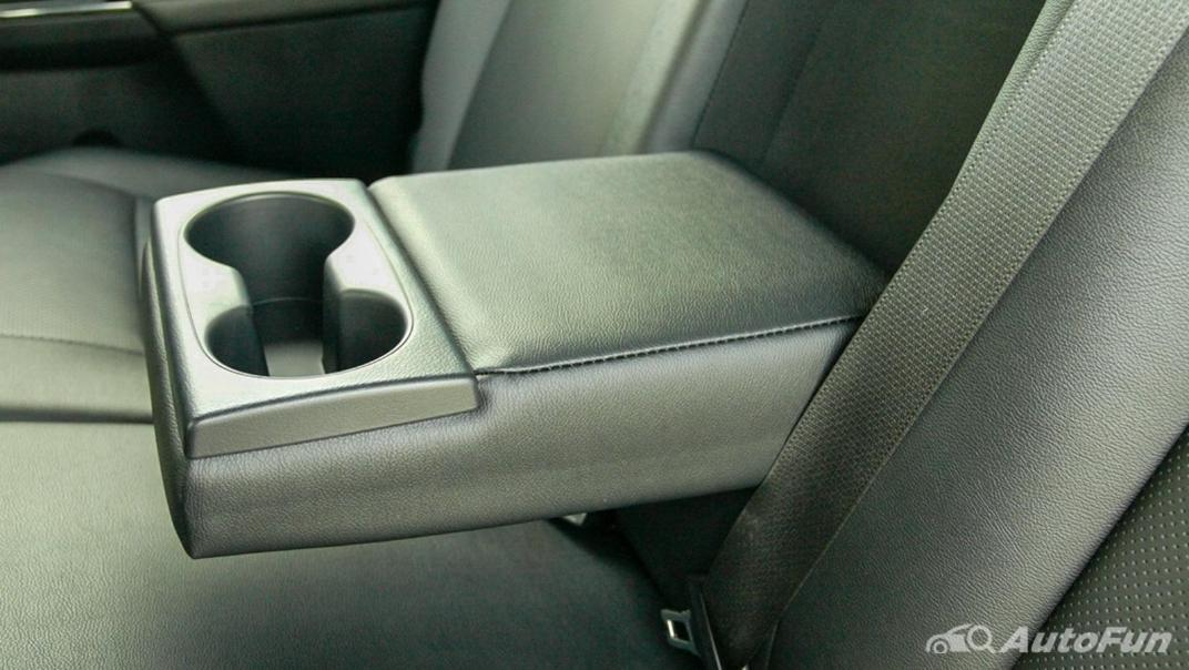 2020 Toyota Hilux Revo Double Cab 4x4 2.8High AT Interior 042