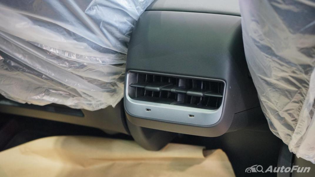 2021 Tesla Model 3 Performance Interior 011