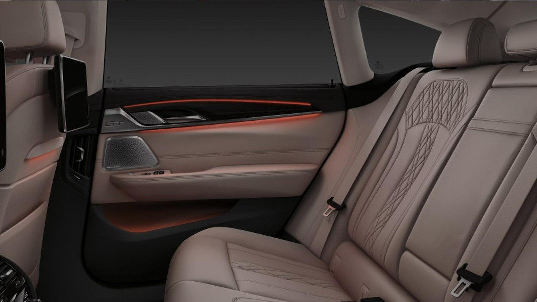 BMW 6-Series-Gran-Turismo 2020 Interior 009