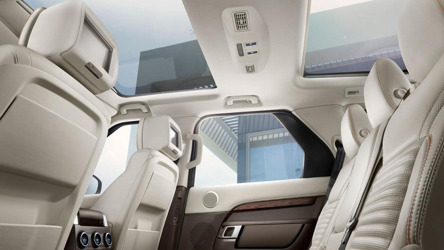Land Rover Discovery 2020 Interior 008