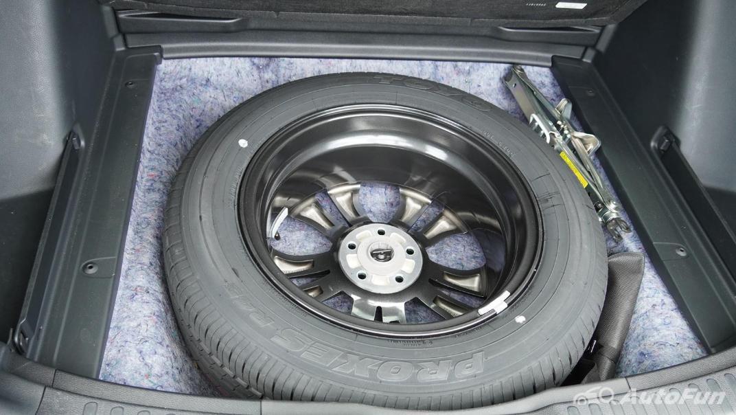 2020 Honda CR-V 2.4 ES 4WD Interior 049