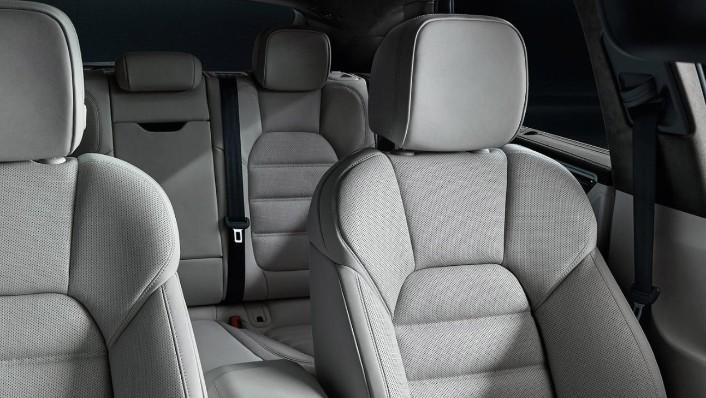 Porsche Macan 2020 Interior 005