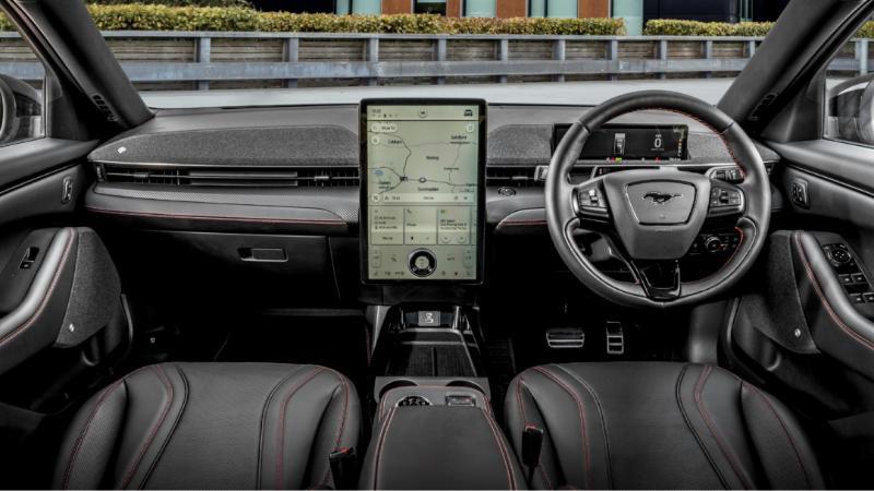 ถ้าหาก 2022 Ford Mustang Mach-E เปิดตัวในไทยราคา 3.5 ล้านบาท คุณยังจะซื้อ Tesla อยู่ไหม? 02