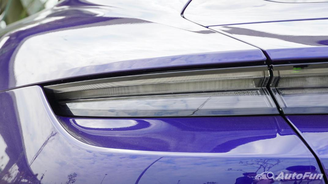2020 Porsche Taycan Turbo Exterior 012