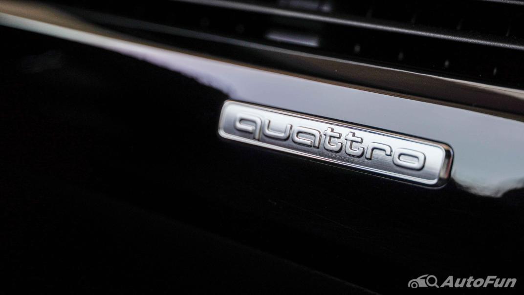 2020 Audi A4 Avant 2.0 45 TFSI Quattro S Line Black Edition Interior 055