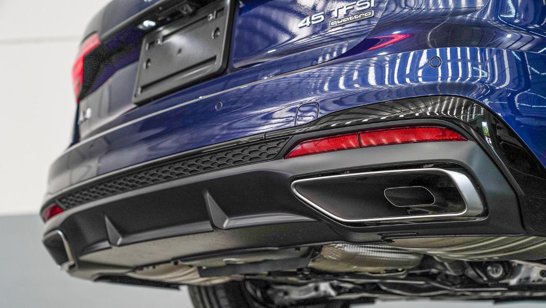 2020 Audi A4 Avant 2.0 45 TFSI Quattro S Line Black Edition Exterior 128