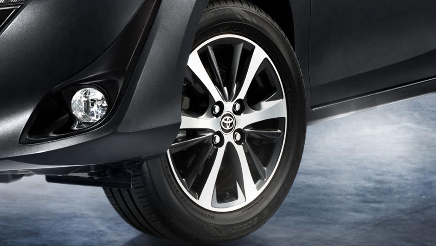 Toyota Yaris-Ativ 2020 Exterior 003