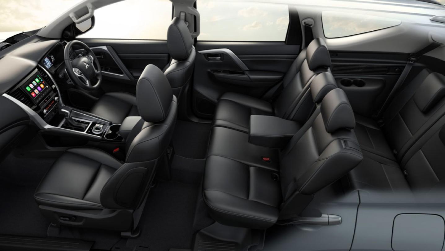 Mitsubishi Pajero Sport Public 2020 Interior 004