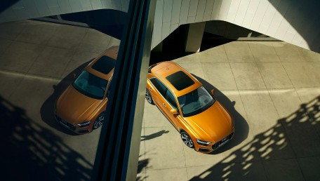 2021 Audi Q8 3.0 55 TFSI Quattro S line ราคารถ, รีวิว, สเปค, รูปภาพรถในประเทศไทย   AutoFun