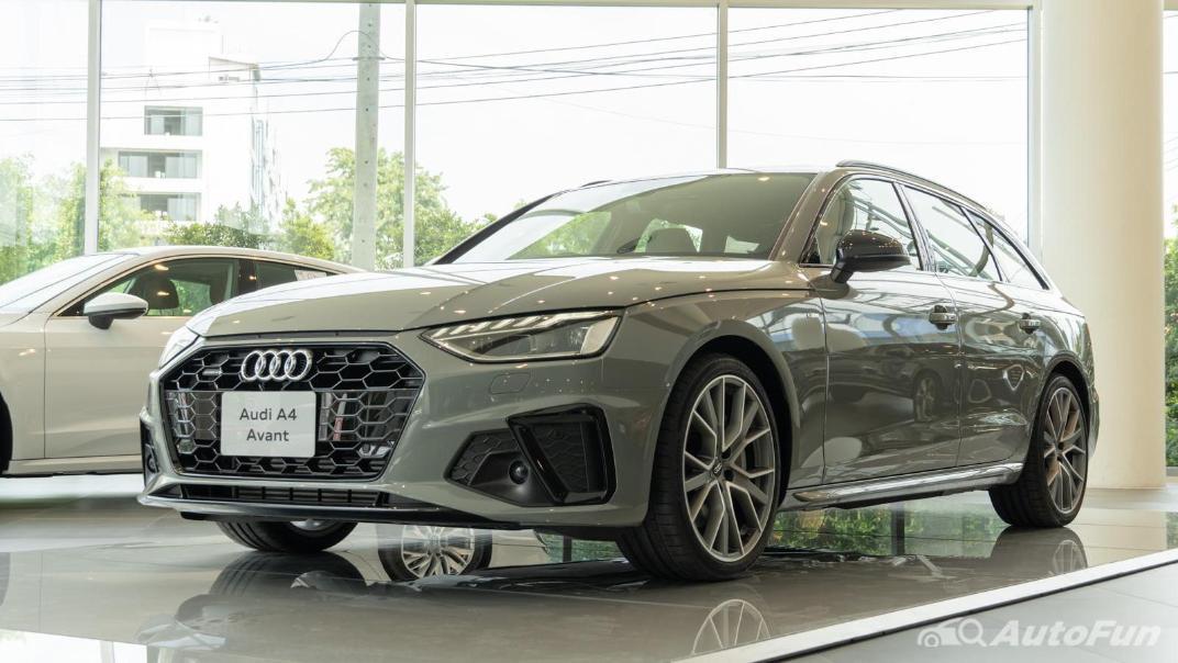 2020 Audi A4 Avant 2.0 45 TFSI Quattro S Line Black Edition Exterior 058