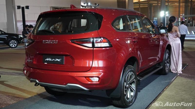 Pros and Cons: 2021 Isuzu MU-X สิ่งที่เด่นและด้อยเมื่อเทียบกับ Toyota Fortuner และ Mitsubishi Pajero Sport 02
