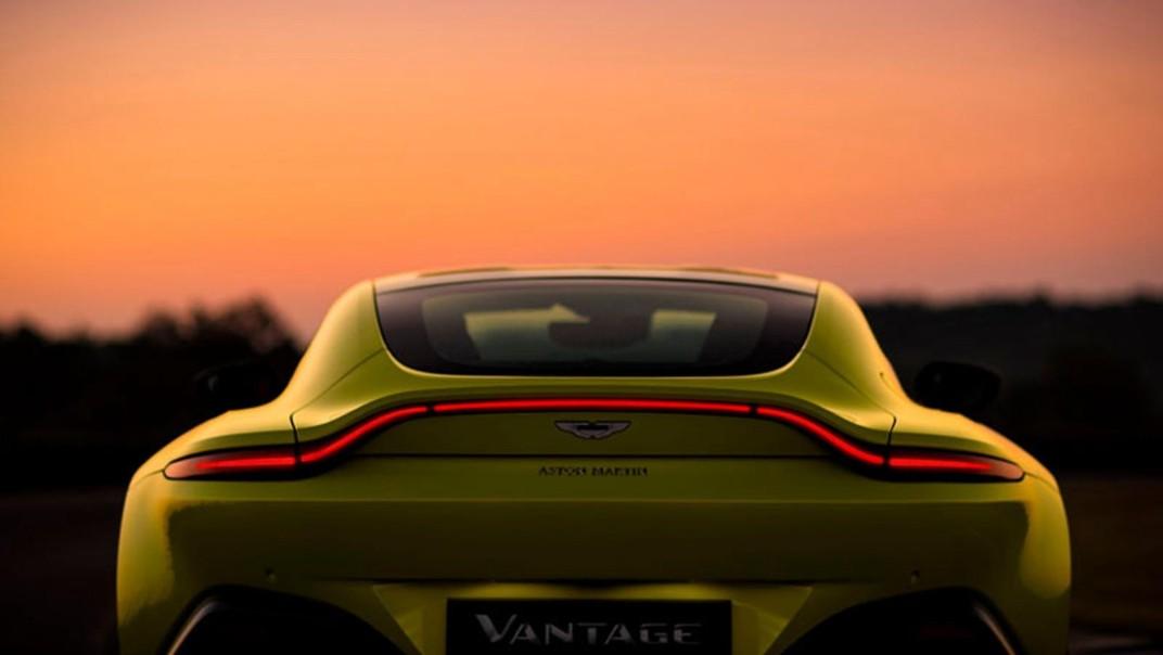 Aston Martin V8 Vantage 2020 Exterior 011