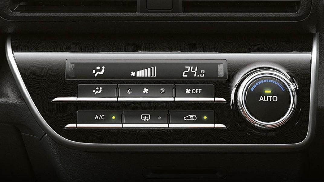 Toyota Sienta 2020 Interior 012