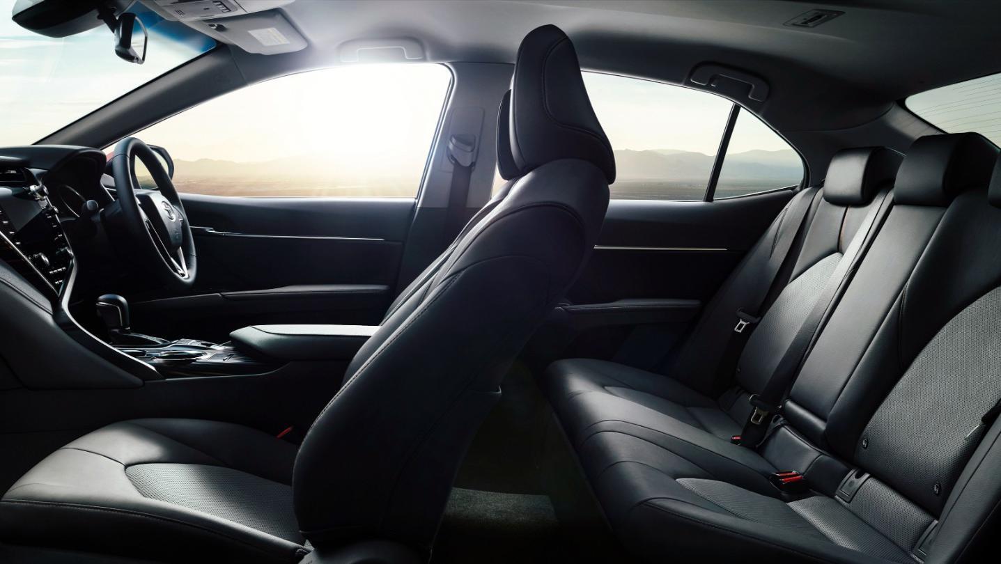 Toyota Camry 2020 Interior 002