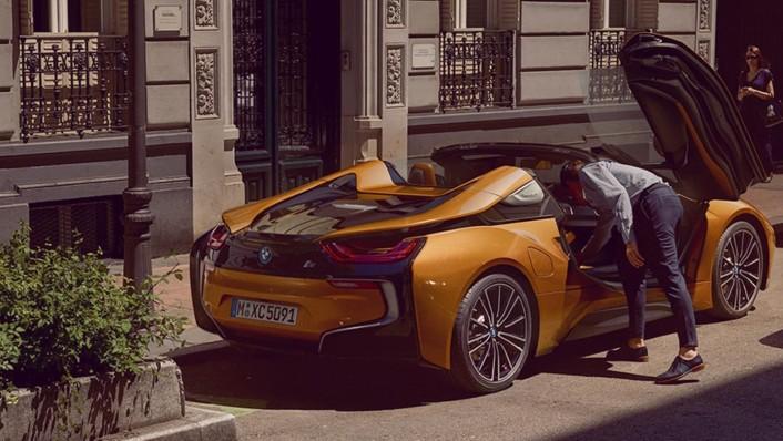 BMW I8-Roadster 2020 Exterior 007