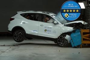 2020 MG ZS ผ่าน 5 ดาวเต็มความปลอดภัย แต่ยังตามหลัง Toyota Corolla Cross