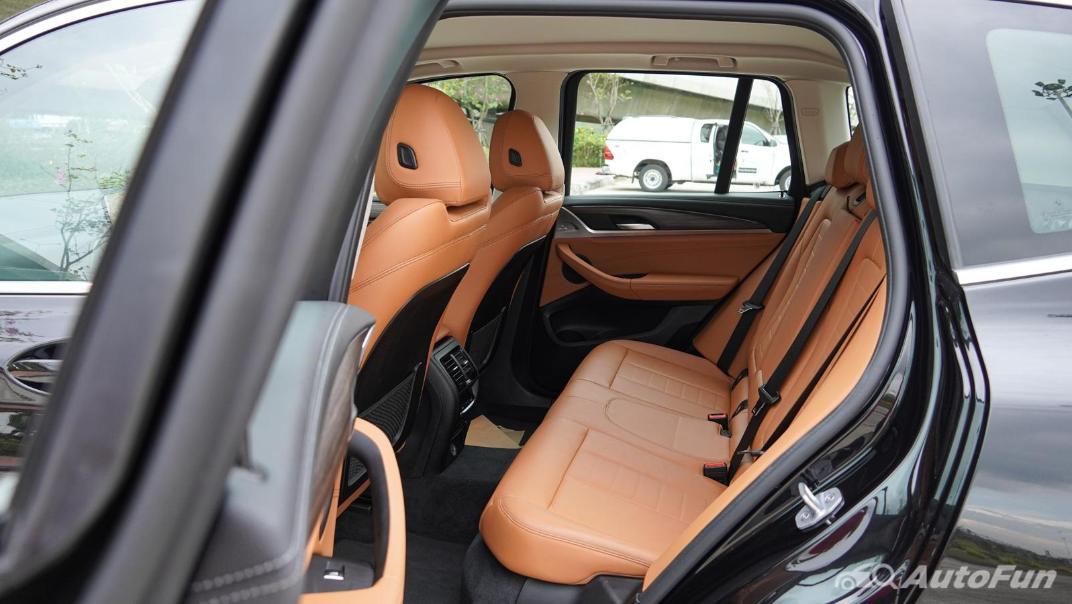 2020 2.0 BMW X3 xDrive20d M Sport Interior 056