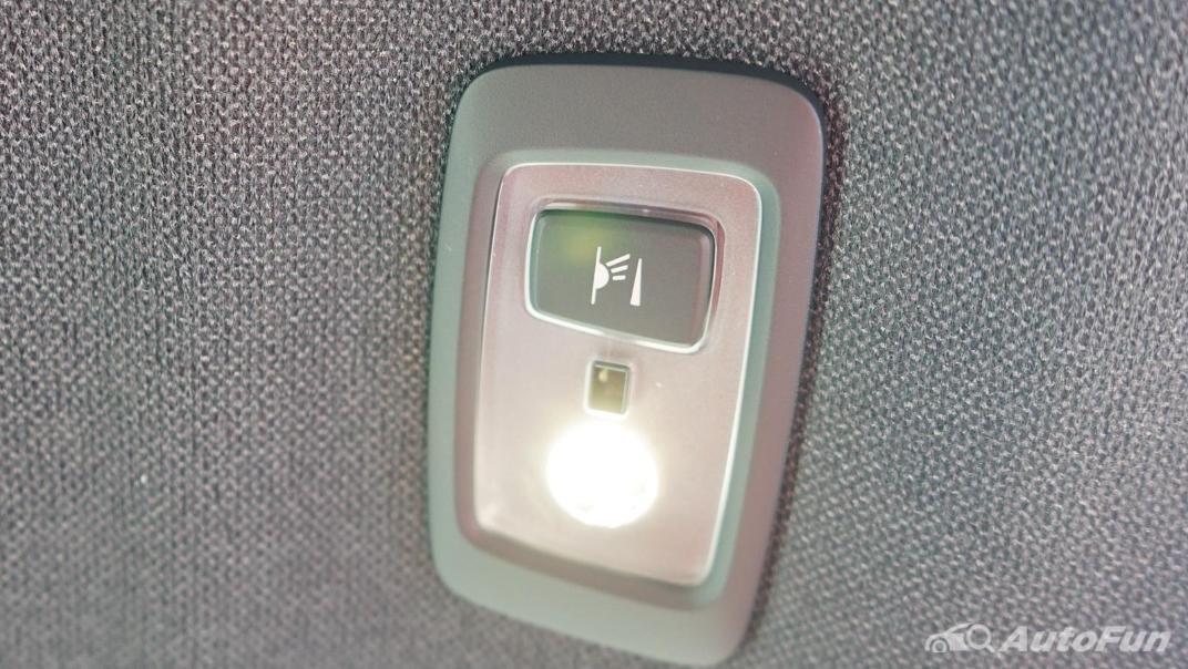 2020 Volvo XC 40 2.0 R-Design Interior 044