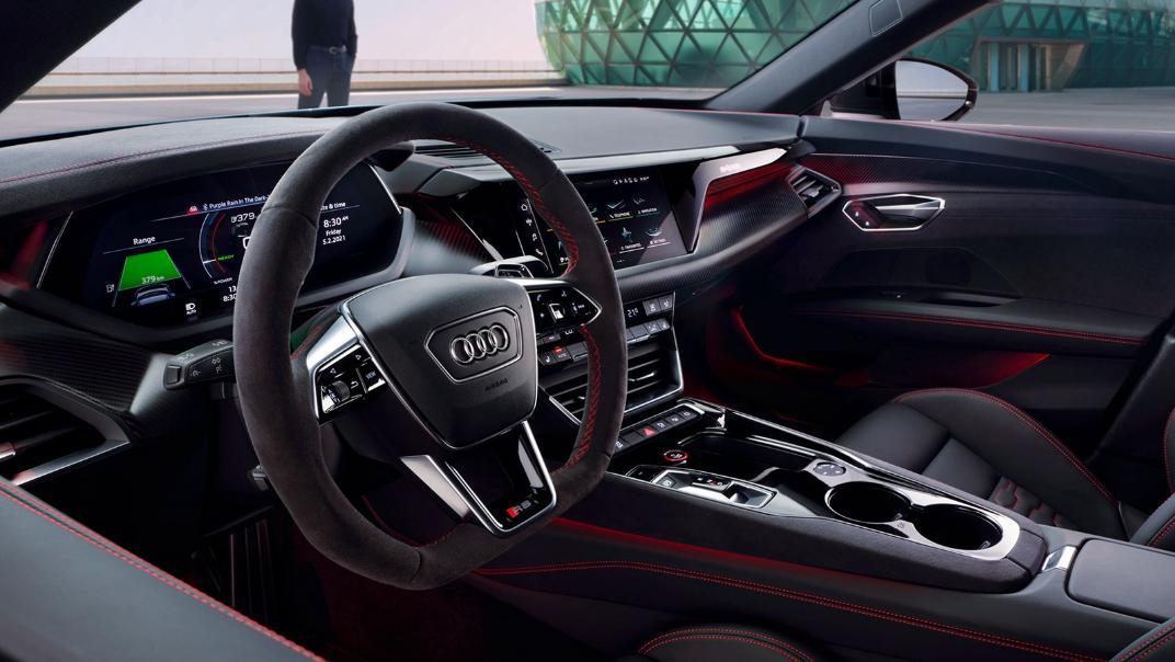 2021 Audi RS e-tron GT quattro Interior 002