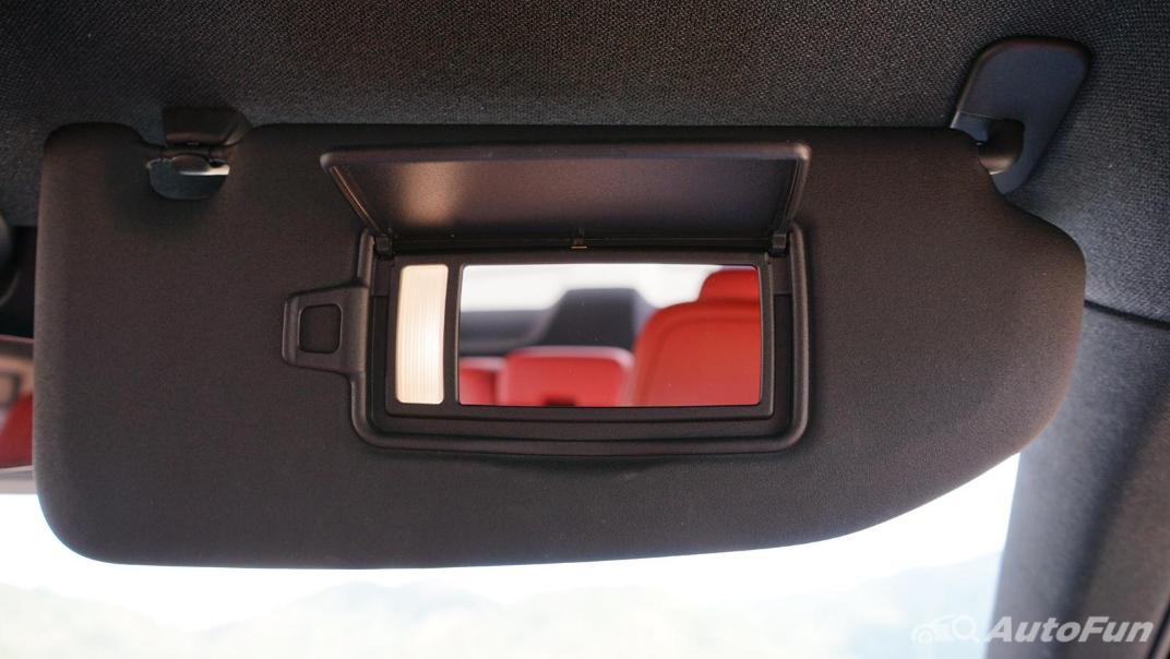 2020 Volvo XC 40 2.0 R-Design Interior 040
