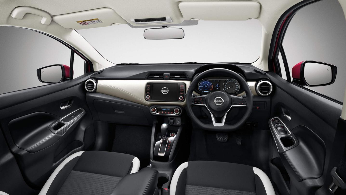Nissan Almera 2020 Interior 001