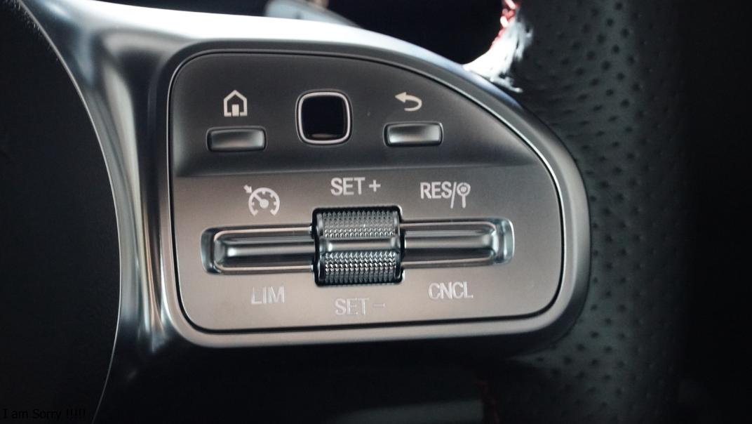 2021 Mercedes-Benz GLA-Class 200 AMG Dynamic Interior 007