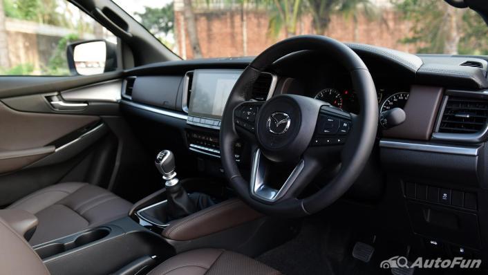 2021 Mazda BT-50 Pro Double Cab 1.9 SP Hi-Racer Interior 002