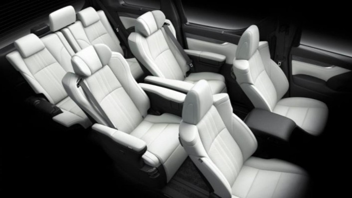 Lexus LM 2020 Interior 005