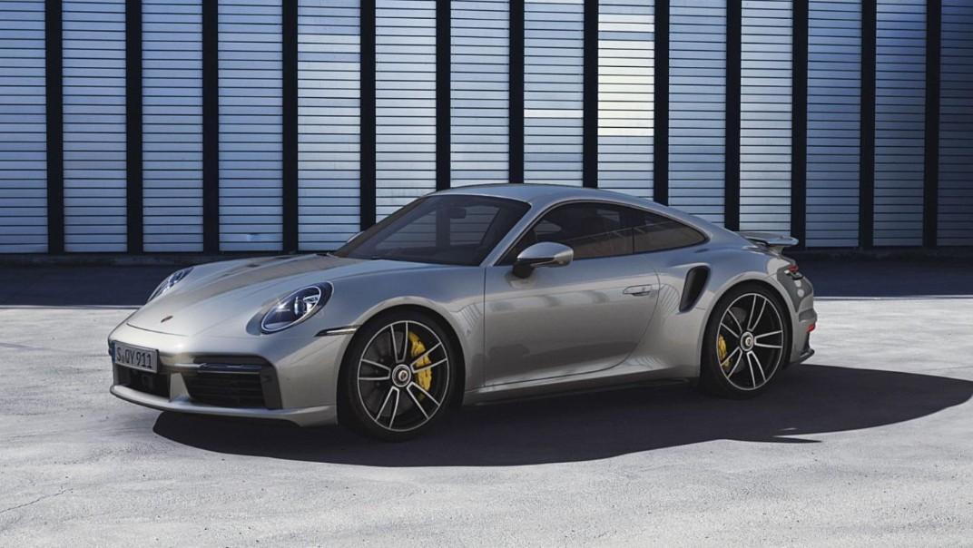 Porsche 911 Public 2020 Exterior 007