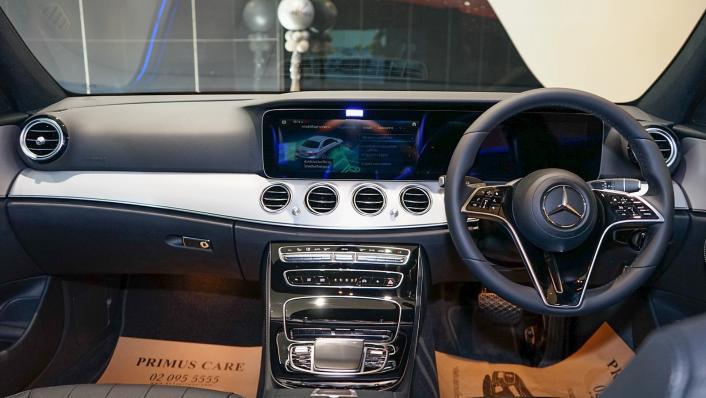 2021 Mercedes-Benz E-Class Saloon E 220 d AMG Sport Interior 001