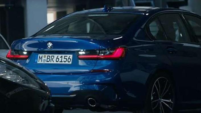 BMW 3-Series-Sedan Public 2020 Exterior 009