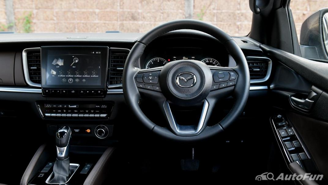 2021 Mazda BT-50 Pro Double Cab 3.0 SP 6AT 4x4 Interior 004