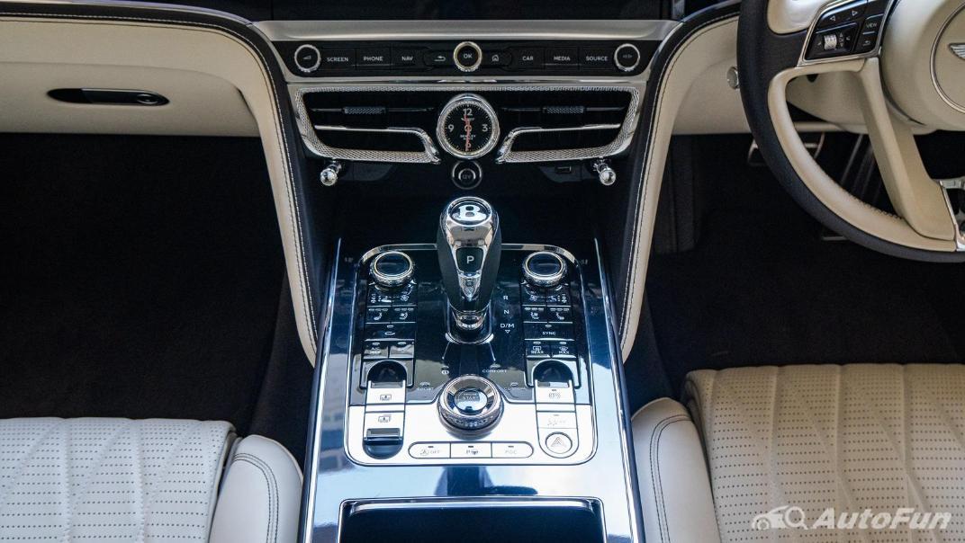 2020 Bentley Flying Spur 6.0L W12 Interior 017