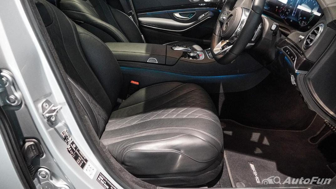 Mercedes-Benz S-Class S 560 e AMG Premium Interior 049
