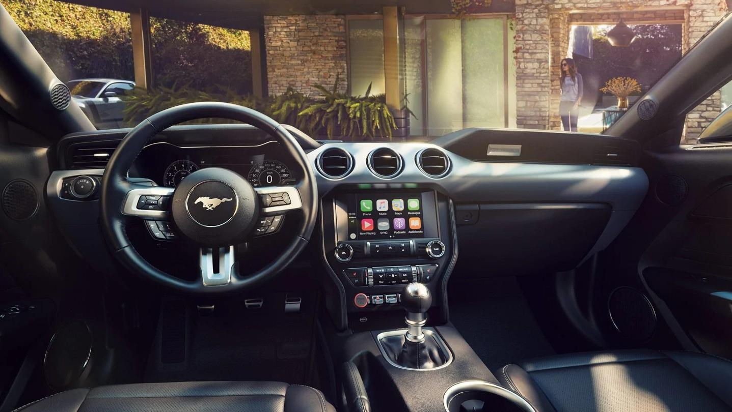 Ford Mustang 2020 Interior 001