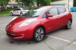 รถยนต์ไฟฟ้าขายดีในรัสเซียตะวันออก มีราคา Nissan Leaf มือสองแค่ 1.5 แสนบาท แล้วไทยล่ะ?