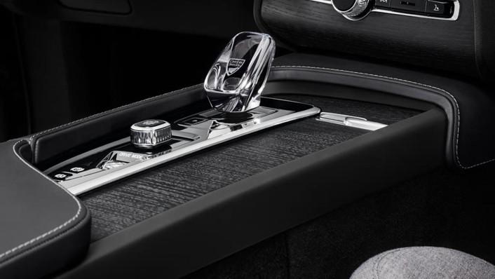 Volvo XC 90 2020 Interior 009