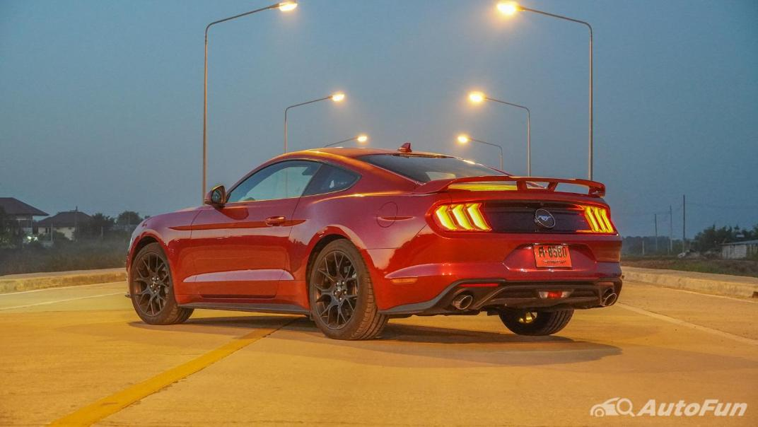 2020 Ford Mustang 2.3L EcoBoost Exterior 040