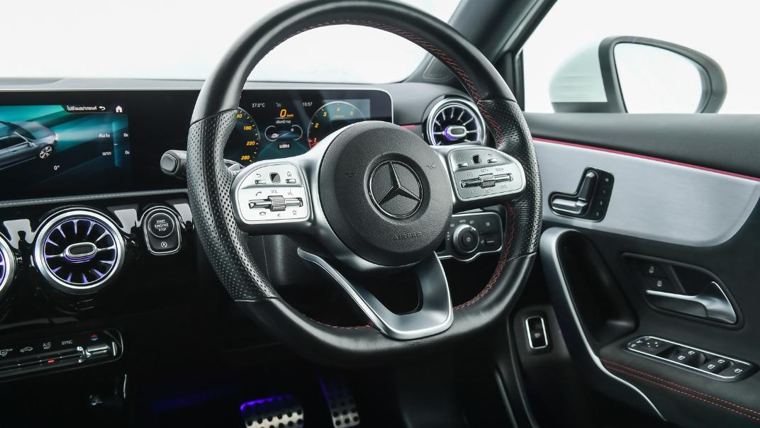 2021 Mercedes-Benz A-Class A 200 AMG Dynamic Interior 007