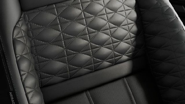 Land Rover Range Rover Evoque 2020 Interior 001