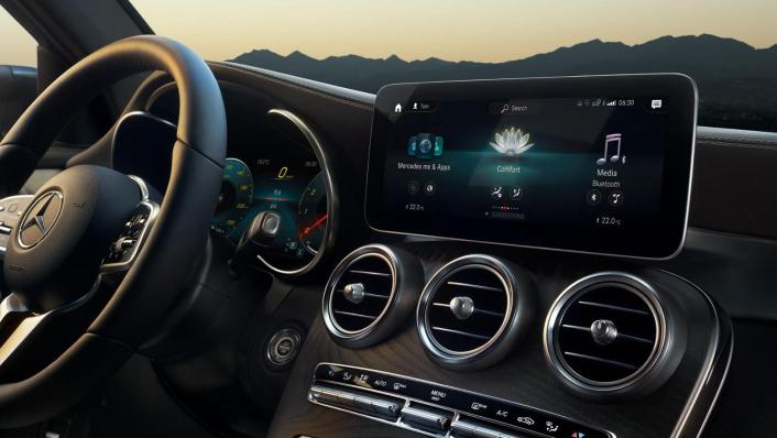 Mercedes-Benz GLC-Class Public 2020 Interior 004