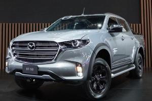 2021 Mazda BT-50 เพิ่มชุดแต่งหล่อรอบคัน จ่ายเพียง 97,000 ได้ไปขับกันเลย