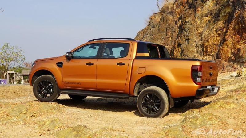 2020 Ford Ranger Wildtrak 2.0L Turbo 10AT ถูกกว่าขับสี่ 2.36 แสนบาท ของเล่นหาย แต่เทียบคู่แข่งสบาย 02