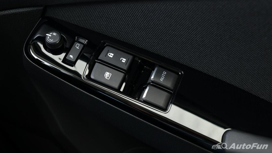 Mazda BT-50 Pro 2021 Interior 050