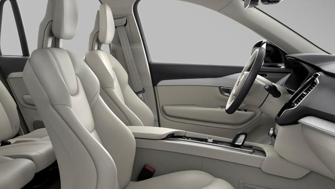 Volvo XC 90 2020 Interior 011