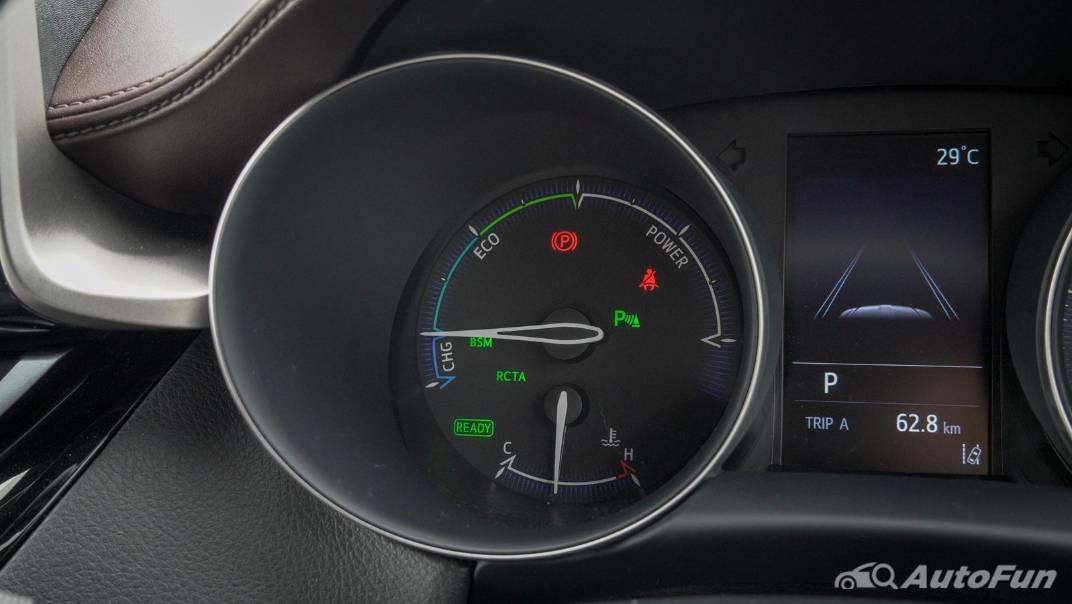 2021 Toyota C-HR Hybrid Premium Safety Interior 019