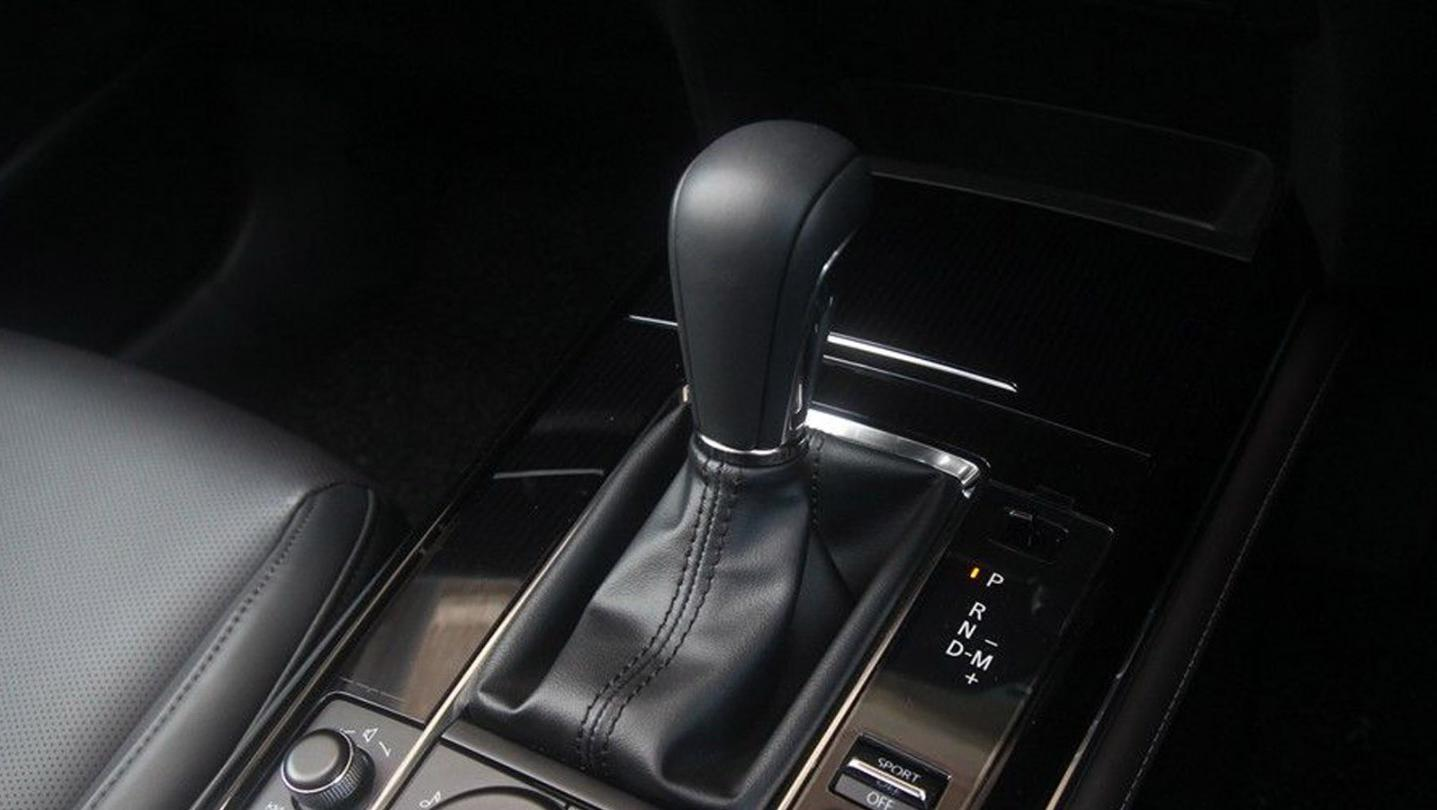 Mazda CX-30 2020 Interior 009