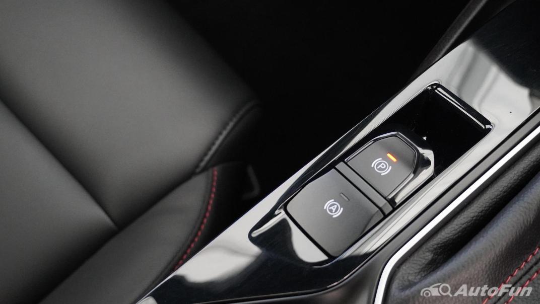2021 MG 5 Upcoming Version Interior 011