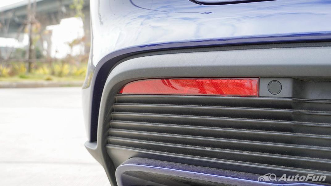 2020 Porsche Taycan Turbo Exterior 020